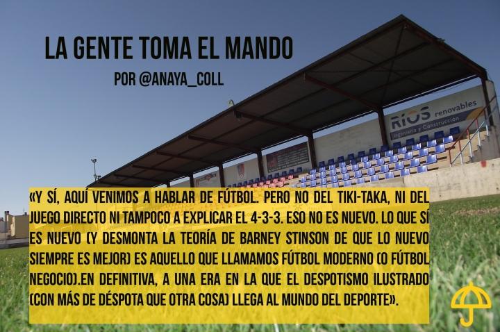 grada_lateral_del_estadio_de_futbol_san_bartolome_de_ribaforada